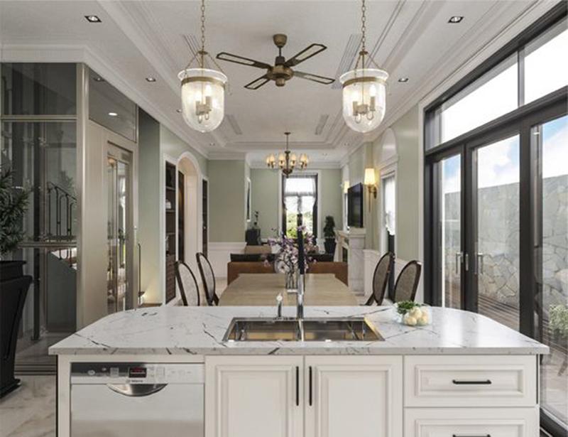Tủ bếp phong cách hiện đại biệt thự