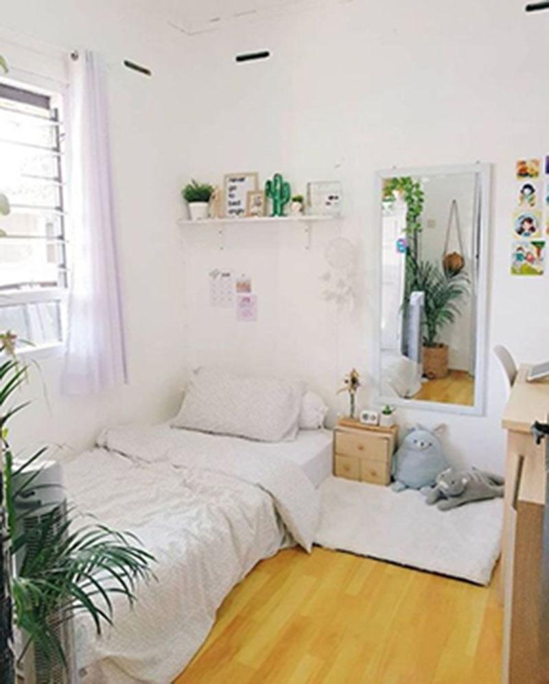 Tạo không gian thoải mái cho phòng ngủ nhỏ với hoa, cây cảnh
