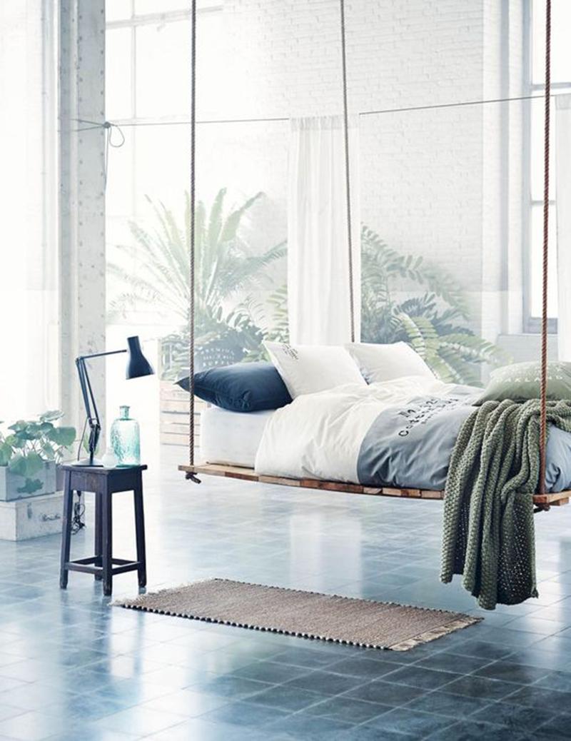 Tiết kiệm không gian bằng một chiếc giường lơ lửng