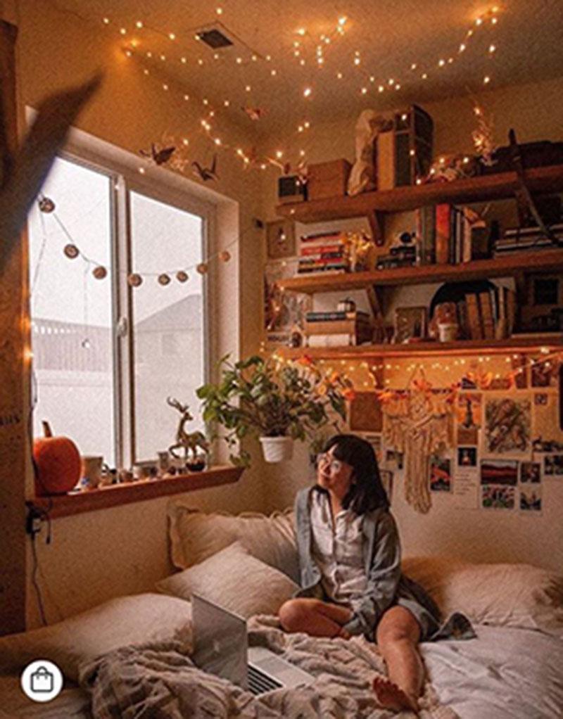 Tận dụng không gian bên trên khi thiết kế phòng ngủ nhỏ để mở rộng không gian