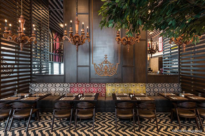 Ấn tượng với quán cafe theo phong cách thiết kế nội thất cổ điển
